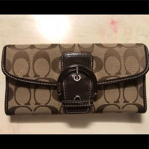 Signature Coach monogramed wallet